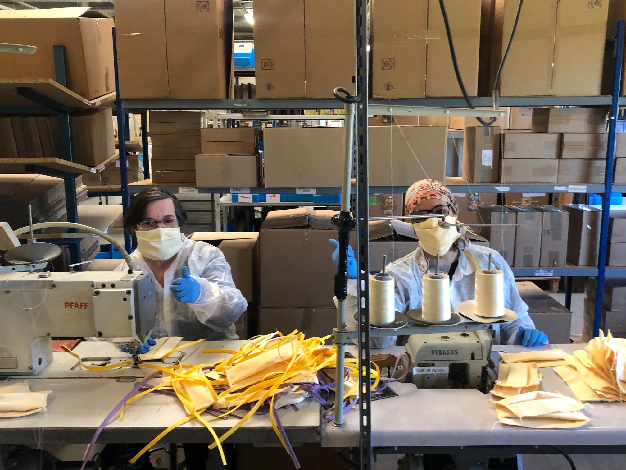 Fabrication de masques en tissus à l'EA d'Épône