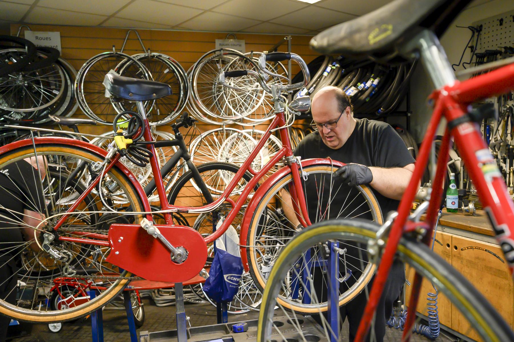 Photo 2 ANRH Paris Les petits vélos de Maurice